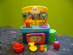 Cuisine Bilingue Fisher Price