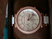 Micheal kors Rose gold and white watch