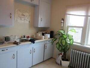 193 S Algonquin ave available Sept 1st