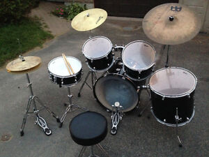 Cabria Premier Drum kit - Great opportunity for the holidays Gatineau Ottawa / Gatineau Area image 3