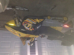 Parting out 2006 gsx limited 600sdi ski-doo & other revs St. John's Newfoundland image 10