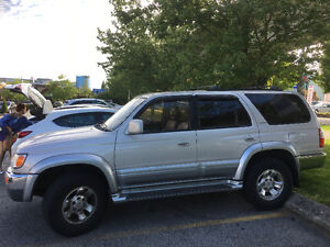 1998 Toyota 4Runner Limited 3.5L 4WD SUV, Crossover