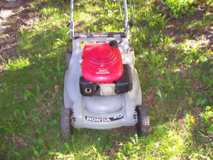 Honda Lawnmower HRB 215