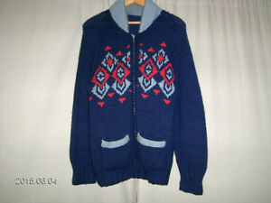 COLLECTIBLE HAND MADE WOOLEN SWEATER-MEN'S/WOMEN-SMALL/MED.