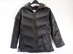 Gorgeous Andrew Marc ladies winter parka, like new, size M