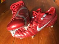 Nike Zoom Air 90 red football boots with studs