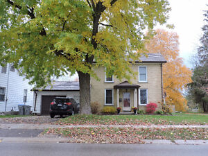 close to schools and downtown - Mitchell Stratford Kitchener Area image 1