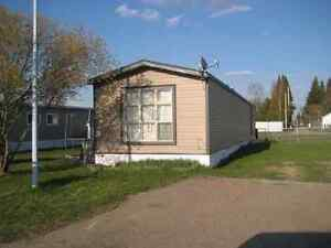 Need acreage lot or old farm yard too Rent