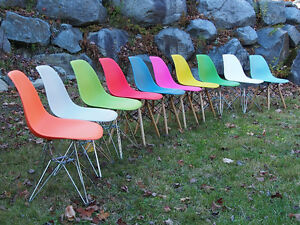 Eames molded side chair - Over 20 colours seat