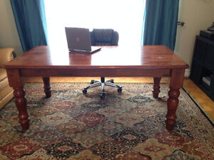 """Beautiful, strong desk / table 72' x 40"""""""