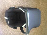 Maxi Cosi Pebble Car Seat - Otley LS21
