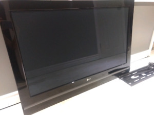 LG 42 inch plasma TV with wall mount