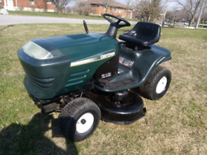 Craftsman riding lawn tractor
