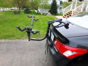 New Reese Two Bike Trunk Carrier