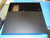 SONY PS4 500GB CONSOLE BUNDLE 1 CONTROLLER, 8 GAMES