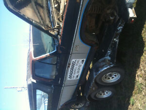 !985 Ford Truck for parts only London Ontario image 2