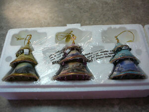 Thomas Kinkade Christmas Collectible Ornaments *NEW*