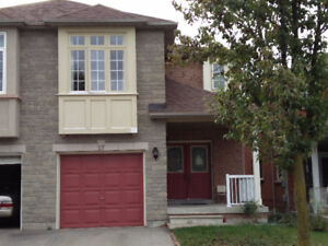Semi-detached house for rent !  Keele / Rutherford,Vaughan,ON