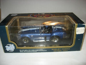 Die-cast transformer hot wheels Batmobile 2008