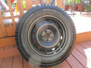 WINTER TIRES + RIMES  235/65/17  LIKE NEW ( 98% NEW)