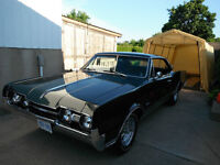 67' Oldsmobile Cutlass Supreme