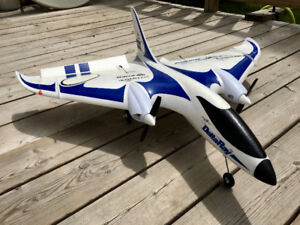 "Rc ""Delta Ray"" plane with extra battery"