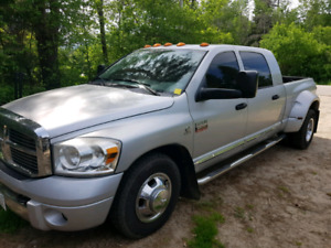 2007 Dodge 3500 dually mega cab