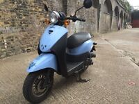 2014 Sinnis flair learner legal scooter 50 cc 50cc Low miles. MOT.