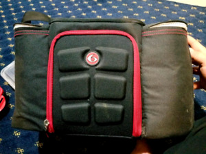 '6 Pack Fitness' Cooler bag - Black and Red
