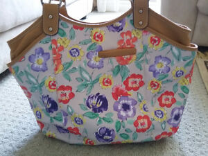 Women's Naturalizer floral printed handbag purse New with tags London Ontario image 2