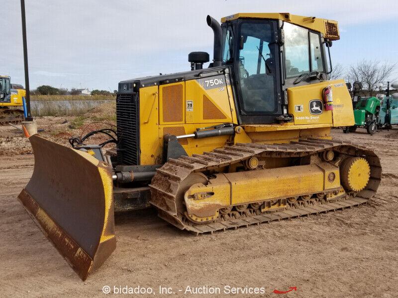 Image 1 Tracteur John Deere  2014