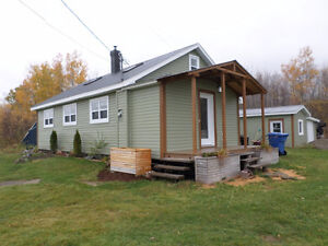 GREAT HOME....ACRES AND ACRES - FRESH AIR OF New Brunswick!!