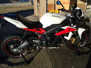 2013 (New shape) Triumph Street Triple R ABS