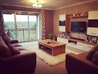 Kingsize double room to rent!