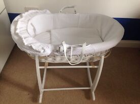 Immaculate Clair De Lune Moses Basket and Stand