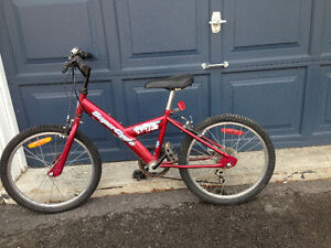 Children's bike (for approx ages 7 - 10)