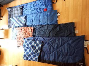 Divers sacs de couchage