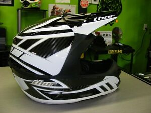XXL - CARBON MX - THOR Force 2 - NEW at RE-GEAR Kingston Kingston Area image 1