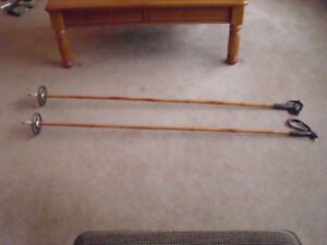 VINTAGE SET OF SKI POLES 58 INCHES