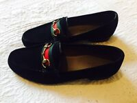 Authentic Gucci loafers/shoes with receipt and box - 38/5