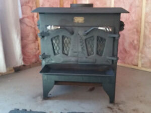 Heavy duty quality woodstove in very good condition.