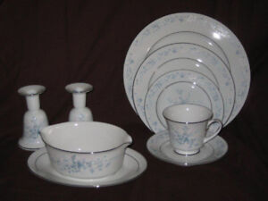 Noritake Fine China - Carolyn