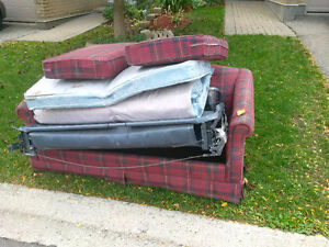 FREE old LA-Z-BOY sofa-bed Kitchener / Waterloo Kitchener Area image 1