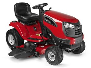 YT42 Jonsered Lawntractor - New tractors just arrived