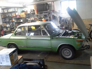 1973 BMW 2002 Roundie with extras $6000 OBO