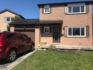 3 Bedroom Detached House Fully Furnished Meadowvale Mississauga