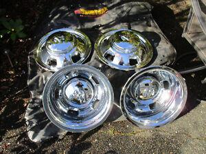 Dodge 1ton dually hub caps