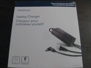 Insignia Universal 90W Laptop Charger. 6 tips. NEW