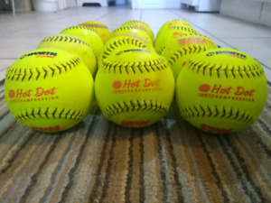 WORTH PROTAC Hot Dot Softball