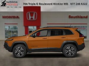2015 Jeep Cherokee Trailhawk   - Bluetooth -  power seats - $206